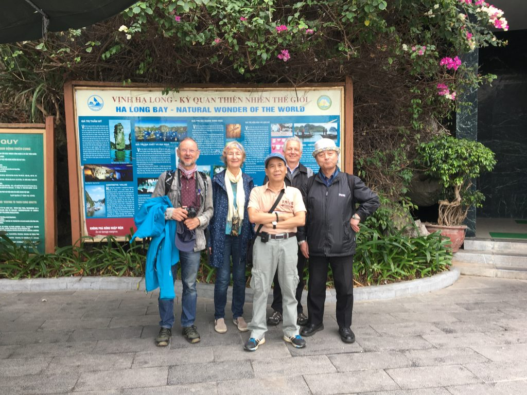 Activity 11: Visiting HaLong Bay after AICI 2020 conference.